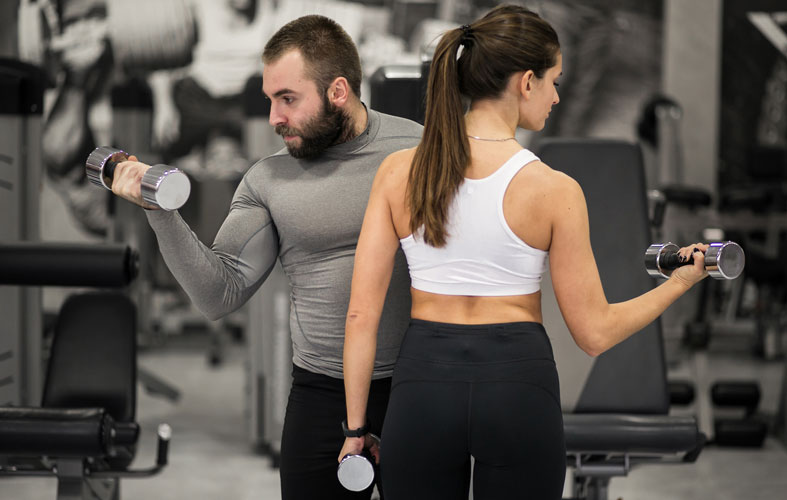 couple is exercising