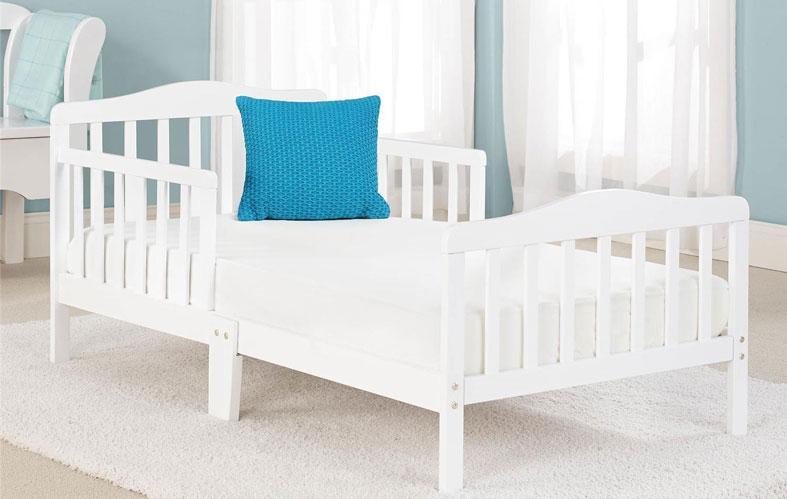 kids bed in the bedroom