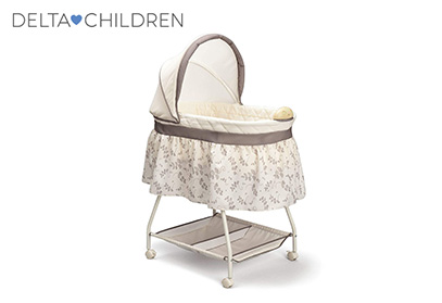 Product image od Delta Children cute bassinet